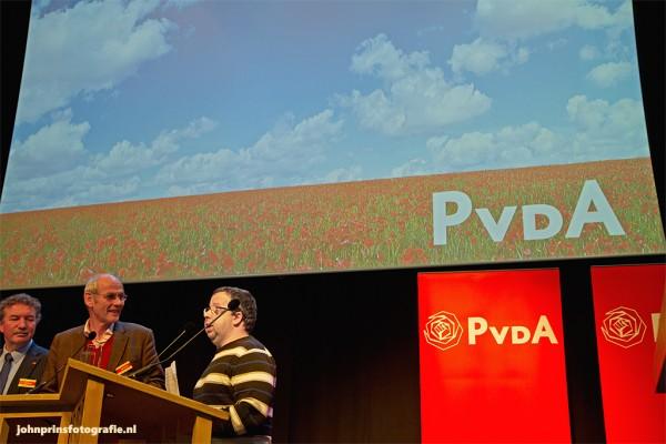 Sander Terphuis spreek het congres toe